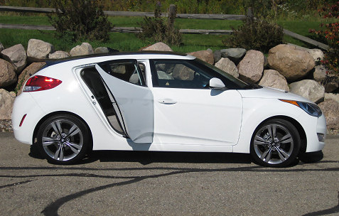 7-2012-hyundai-veloster