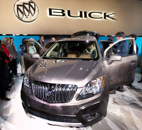 BuickEncoreReveal04.jpg