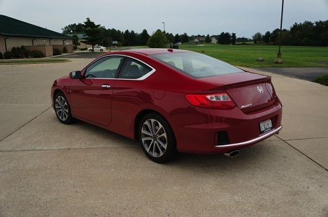 2013_accord_coupe_rear_profile