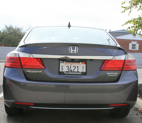 6-2014-honda-accord-hybrid