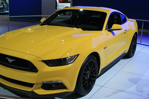 2015-ford-mustang-at-chicago-auto-show-3