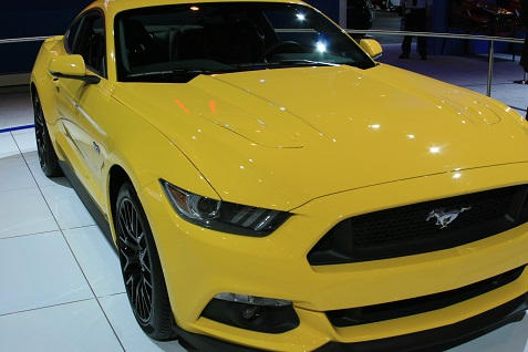 2015-ford-mustang-at-chicago-auto-show-4