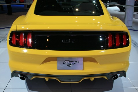 2015-ford-mustang-at-chicago-auto-show-7