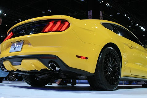 2015-ford-mustang-at-chicago-auto-show-8