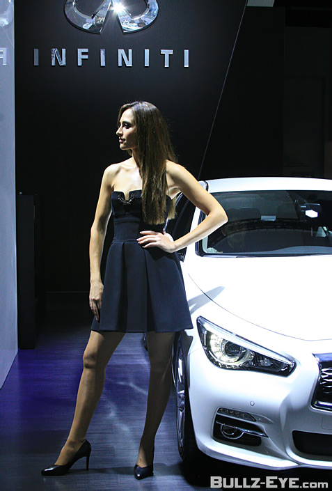 4-booth-babes-2013-frankfurt-motor-show