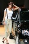 2-booth-babes-at-frankfurt-motor-show