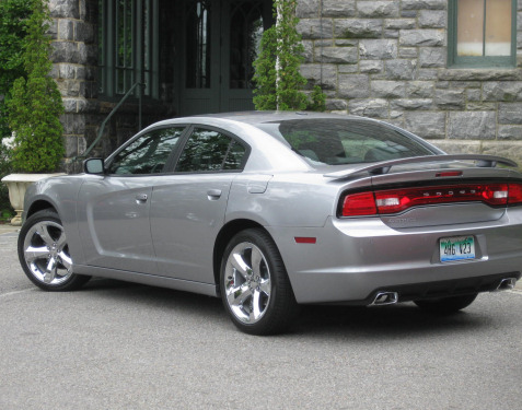 9-silver-dodge-charger-rally-plus-v6