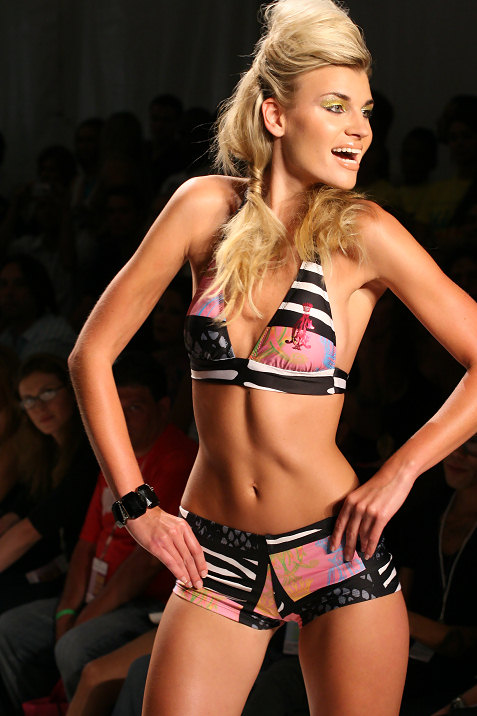 19-ed-hardy-swimwear-fashion-show