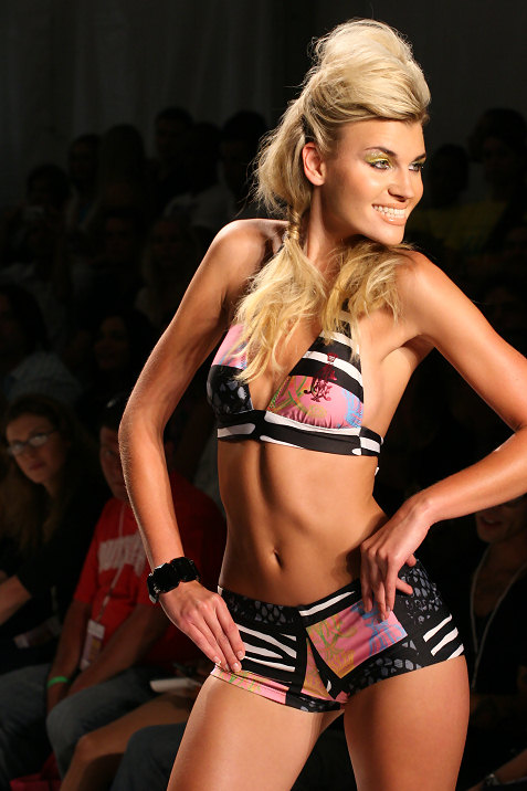 20-ed-hardy-swimwear-fashion-show