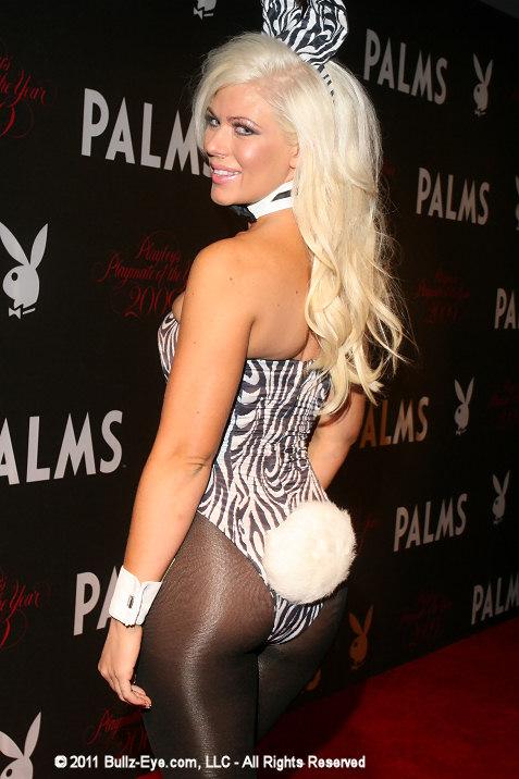 8-bunny-at-playboy-club-in-las-vegas