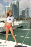 12-miami-boat-show-bullz-eye-bikini-team
