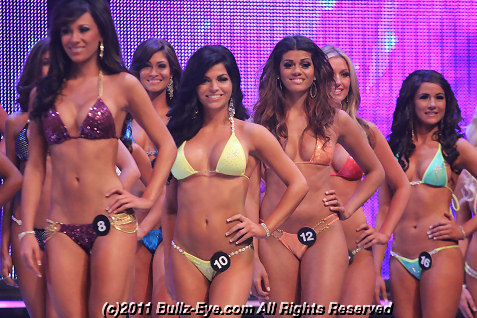 2011-hooters-swimsuit-pageant-06