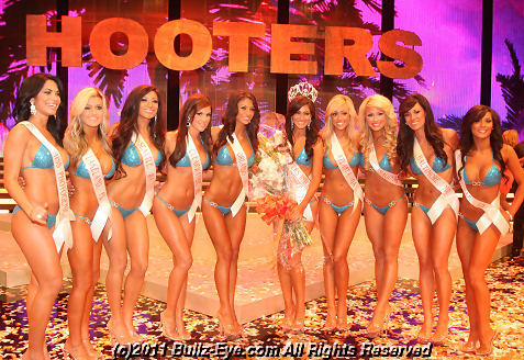 2011-hooters-swimsuit-pageant-61