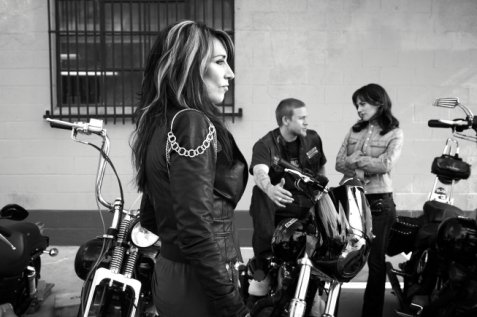 SONS OF ANARCHY: Katey Sagal. CR: James Minchin III / FX