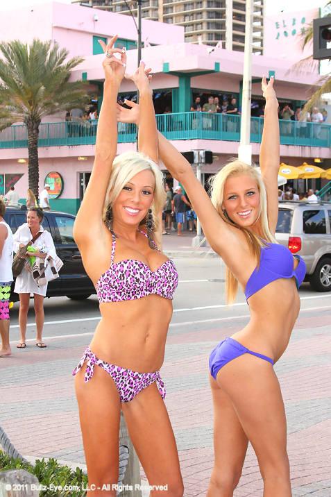 26-bullz-eye-bikini-team-spring-break