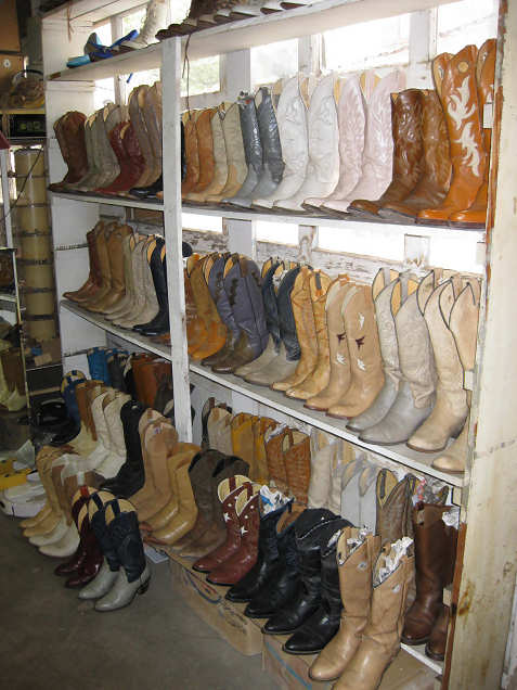 2-texas-junk-used-cowboy-boots
