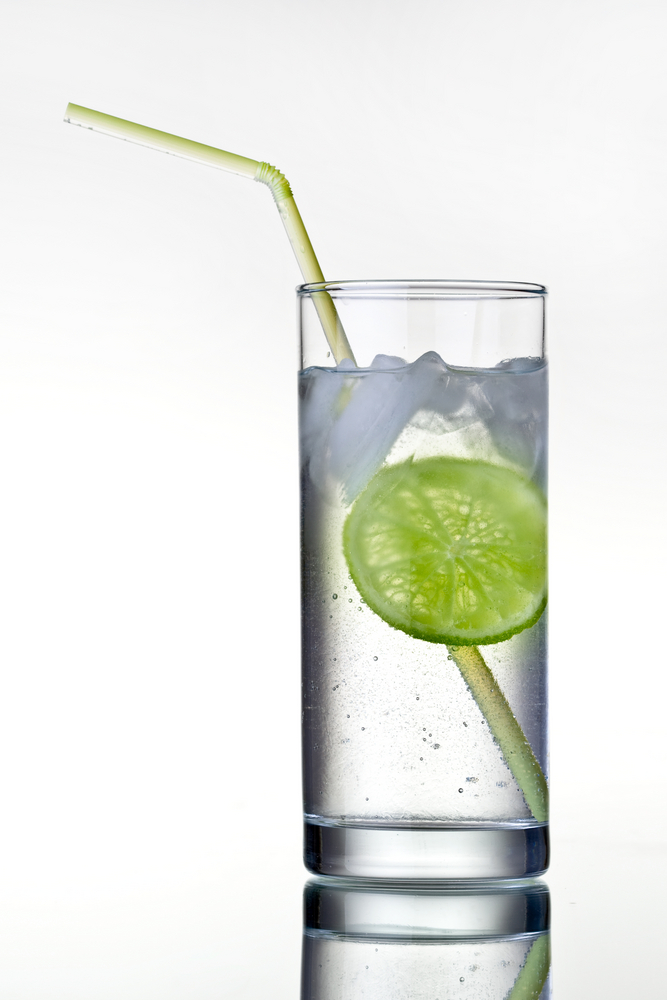 highball gin and tonic