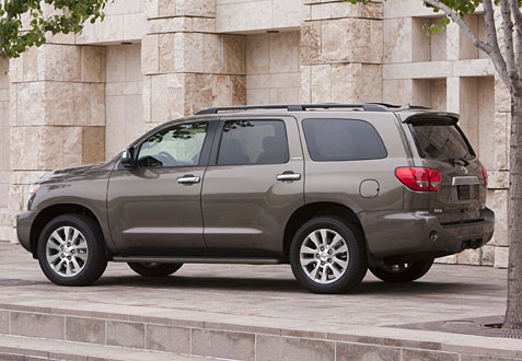 car review 2013 toyota sequoia. Black Bedroom Furniture Sets. Home Design Ideas