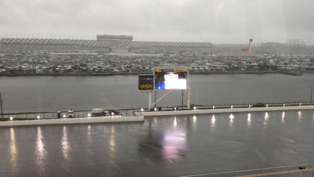 Daytona 500 Rain