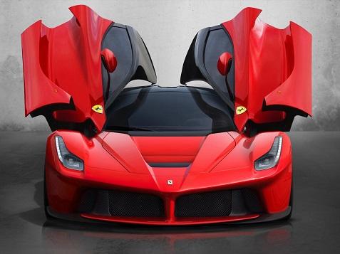 2 Ferrari LaFerrari