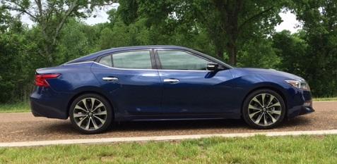 5 2016 Nissan Maxima