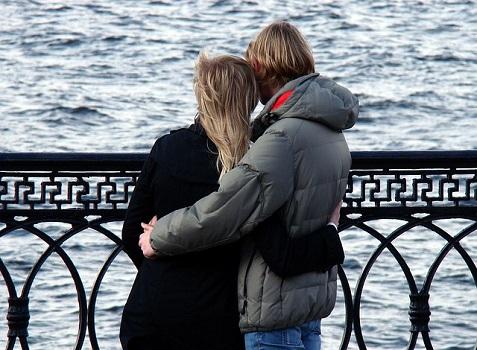 couple-168191_640