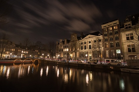 amsterdam-711786_640